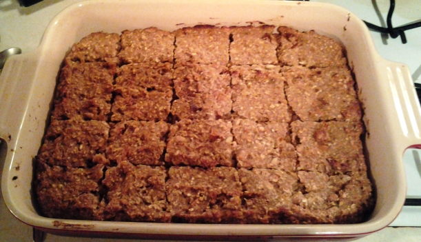 Recipe: Apple and fig energy bars
